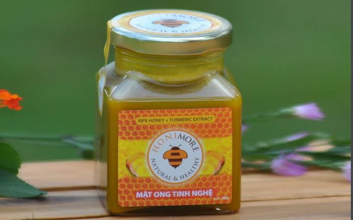 Chữa đau dạ dày bằng mật ong tinh nghệ